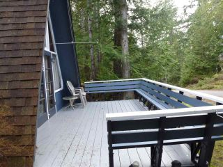 Photo 4: 5450 DONLEY Drive in Madeira Park: Pender Harbour Egmont House for sale (Sunshine Coast)  : MLS®# R2556466