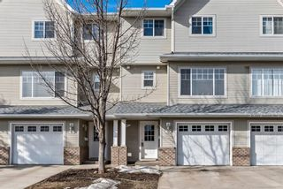 Photo 3: 6 Crystal Shores Cove: Okotoks Row/Townhouse for sale : MLS®# A1080376