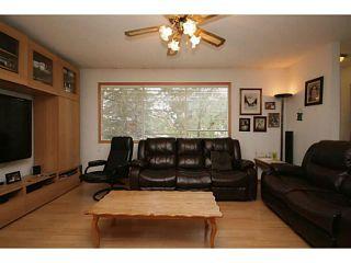 Photo 3: 207 PINECLIFF Way NE in CALGARY: Pineridge Residential Detached Single Family for sale (Calgary)  : MLS®# C3635652