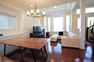 """Photo 7: 6212 NEVILLE Street in Burnaby: South Slope 1/2 Duplex for sale in """"South Slope"""" (Burnaby South)  : MLS®# R2570951"""
