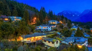 Photo 17: 574 CRAIGMOHR Drive in West Vancouver: Glenmore House for sale : MLS®# R2545385