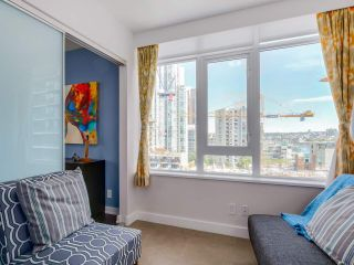 "Photo 9: 905 1372 SEYMOUR Street in Vancouver: Downtown VW Condo for sale in ""THE MARK"" (Vancouver West)  : MLS®# R2077192"