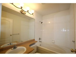 """Photo 8: 7 7100 LYNNWOOD Drive in Richmond: Granville Townhouse for sale in """"LAUREL WOOD"""" : MLS®# V891072"""