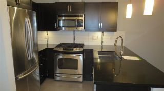 """Photo 5: 312 20058 FRASER Highway in Langley: Langley City Condo for sale in """"Varsity"""" : MLS®# R2142499"""
