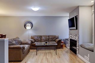 Photo 2: 623 94 Avenue SW in Calgary: Haysboro Detached for sale : MLS®# A1098842