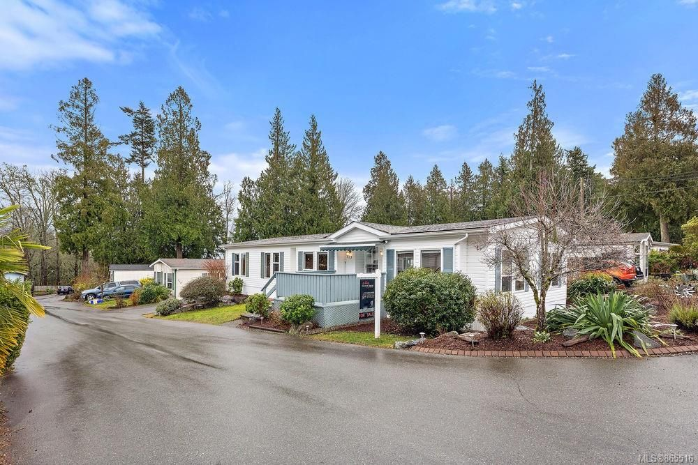Main Photo: 713 2779 Stautw Rd in : CS Hawthorne Manufactured Home for sale (Central Saanich)  : MLS®# 865516