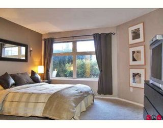 """Photo 5: 118 15210 GUILDFORD Drive in Surrey: Guildford Condo for sale in """"THE BOULEVARD CLUB"""" (North Surrey)  : MLS®# F2801817"""