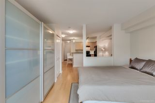 """Photo 7: 305 997 W 22ND Avenue in Vancouver: Cambie Condo for sale in """"CRESCENT AT SHAUGHNESSY"""" (Vancouver West)  : MLS®# R2063247"""