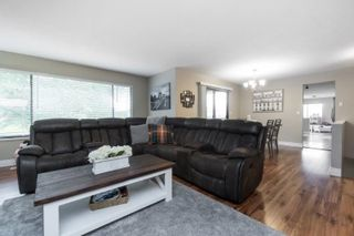"""Photo 3: 35430 ROCKWELL Drive in Abbotsford: Abbotsford East House for sale in """"east abbotsford"""" : MLS®# R2468374"""