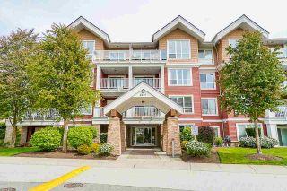 "Photo 2: 403 6450 194 Street in Surrey: Clayton Condo for sale in ""Waterstone"" (Cloverdale)  : MLS®# R2574170"