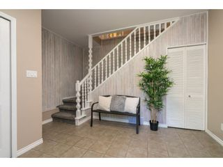 "Photo 4: 4519 SOUTHRIDGE Crescent in Langley: Murrayville House for sale in ""Murrayville"" : MLS®# R2473798"