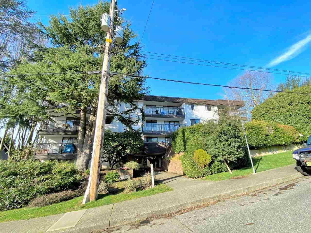 """Main Photo: 207 1025 CORNWALL Street in New Westminster: Uptown NW Condo for sale in """"CORNWALL PLACE"""" : MLS®# R2523228"""