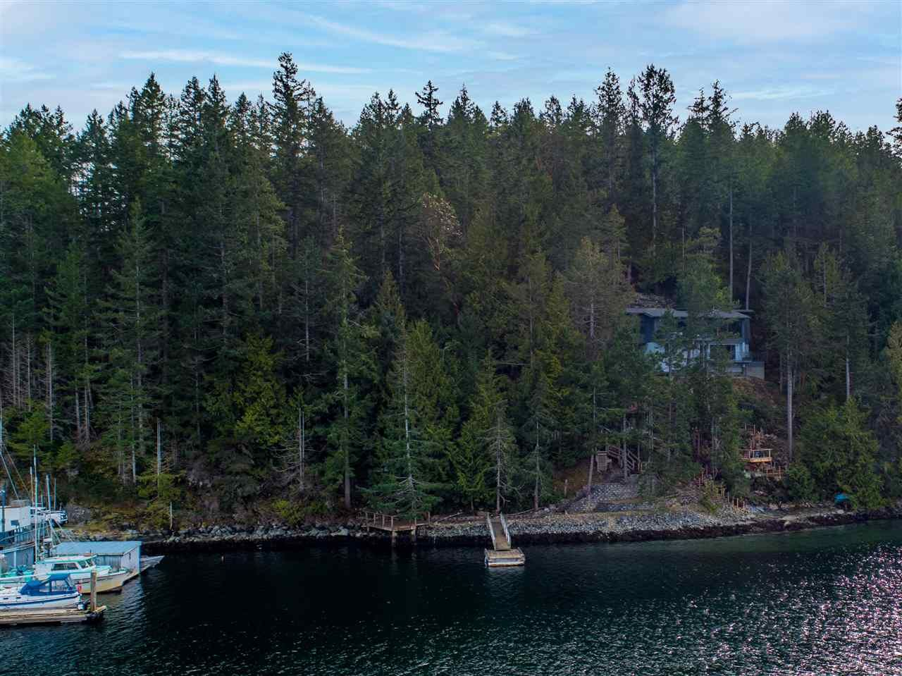 Photo 10: Photos: 4216 FRANCIS PENINSULA Road in Madeira Park: Pender Harbour Egmont House for sale (Sunshine Coast)  : MLS®# R2549311