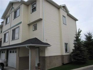 Photo 1: 81 DOVER Mews SE in CALGARY: West Dover Townhouse for sale (Calgary)  : MLS®# C3571218