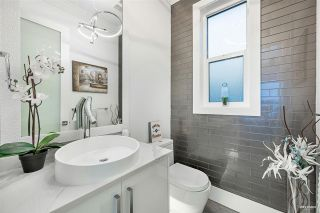 Photo 30: 13531 MARINE Drive in Surrey: Crescent Bch Ocean Pk. House for sale (South Surrey White Rock)  : MLS®# R2543344