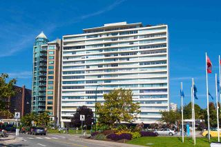"""Photo 4: 902 1835 MORTON Avenue in Vancouver: West End VW Condo for sale in """"Ocean Towers"""" (Vancouver West)  : MLS®# R2570024"""