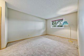 Photo 12: 132 DEER RIDGE Close SE in Calgary: Deer Ridge Semi Detached for sale : MLS®# C4303155