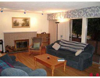 """Photo 2: 11328 GLEN AVON DR in Surrey: Bolivar Heights House for sale in """"BIRDLAND"""" (North Surrey)  : MLS®# F2619339"""