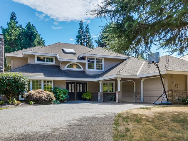 Main Photo: 14242 31st Ave in South Surrey: Home for sale : MLS®# F1450575