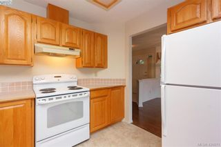 Photo 17: 801 6880 Wallace Dr in BRENTWOOD BAY: CS Brentwood Bay Row/Townhouse for sale (Central Saanich)  : MLS®# 841142
