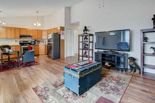 Photo 5: 9 209 Woodside Drive NW: Airdrie Row/Townhouse for sale : MLS®# A1106709