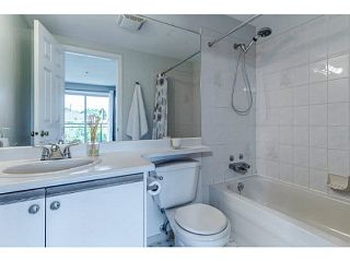 """Photo 14: 202 2709 VICTORIA Drive in Vancouver: Grandview VE Condo for sale in """"VICTORIA COURT"""" (Vancouver East)  : MLS®# V1132733"""