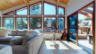 """Photo 5: 2843 CLIFFTOP Lane in Whistler: Bayshores House for sale in """"Bayshores"""" : MLS®# R2567682"""