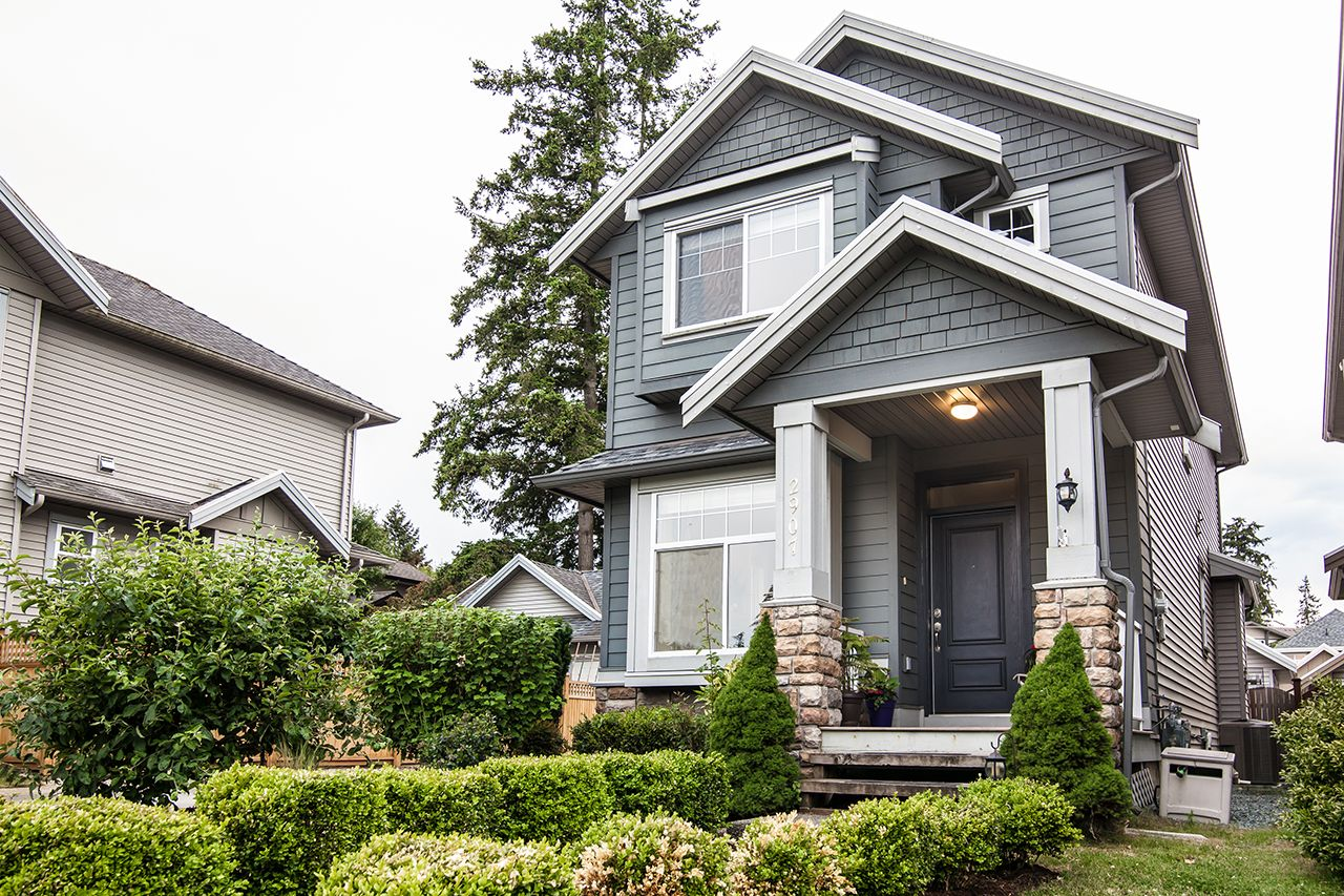 """Main Photo: 2907 152A Street in Surrey: King George Corridor House for sale in """"SOUTHPOINT ESTATES"""" (South Surrey White Rock)  : MLS®# R2278623"""