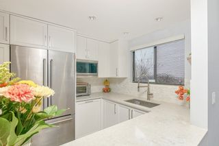 """Photo 7: 18 225 W 14TH Street in North Vancouver: Central Lonsdale Townhouse for sale in """"CARLTON COURT"""" : MLS®# R2567110"""