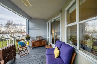 """Photo 3: 314 2020 E KENT AVENUE SOUTH in Vancouver: South Marine Condo for sale in """"Tugboat Landing"""" (Vancouver East)  : MLS®# R2538766"""