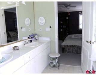 Photo 8: 7868 154TH Street in Surrey: Fleetwood Tynehead House for sale : MLS®# F2912897