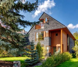 Main Photo: 1208 Lansdowne Avenue SW in Calgary: Elbow Park Detached for sale : MLS®# A1113344