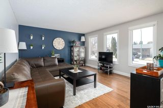 Photo 4: 747 Tobin Terrace in Saskatoon: Lawson Heights Residential for sale : MLS®# SK848786