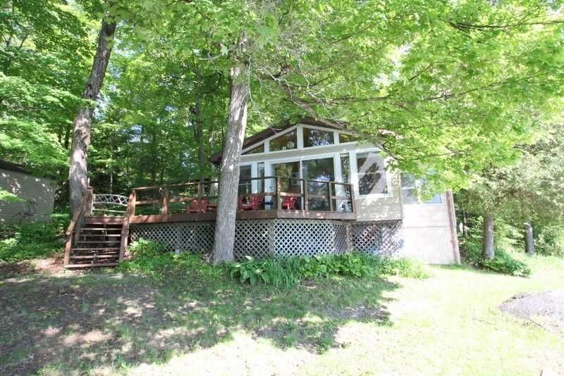 Main Photo: 95 Shadow Lake 2 Road in Kawartha Lakes: Rural Somerville House (Bungalow) for sale : MLS®# X4798581