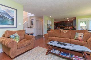 Photo 4: B 904 Old Esquimalt Rd in : Es Old Esquimalt Half Duplex for sale (Esquimalt)  : MLS®# 877246