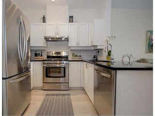 Photo 3: 109 2688 Vine Street in Treo: Home for sale