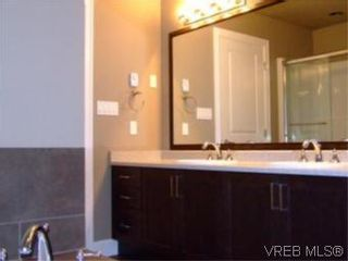 Photo 10: 2336 Echo Valley Dr in VICTORIA: La Bear Mountain House for sale (Langford)  : MLS®# 485548