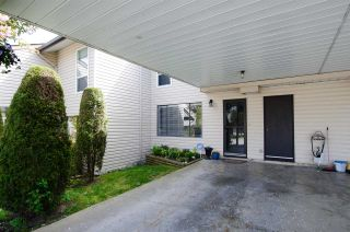 "Main Photo: 307 27411 28 Avenue in Langley: Aldergrove Langley Townhouse for sale in ""ALDERVIEW"" : MLS®# R2378963"