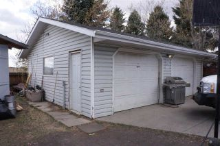 Photo 30: 218 HOMESTEAD Crescent in Edmonton: Zone 35 House for sale : MLS®# E4242279