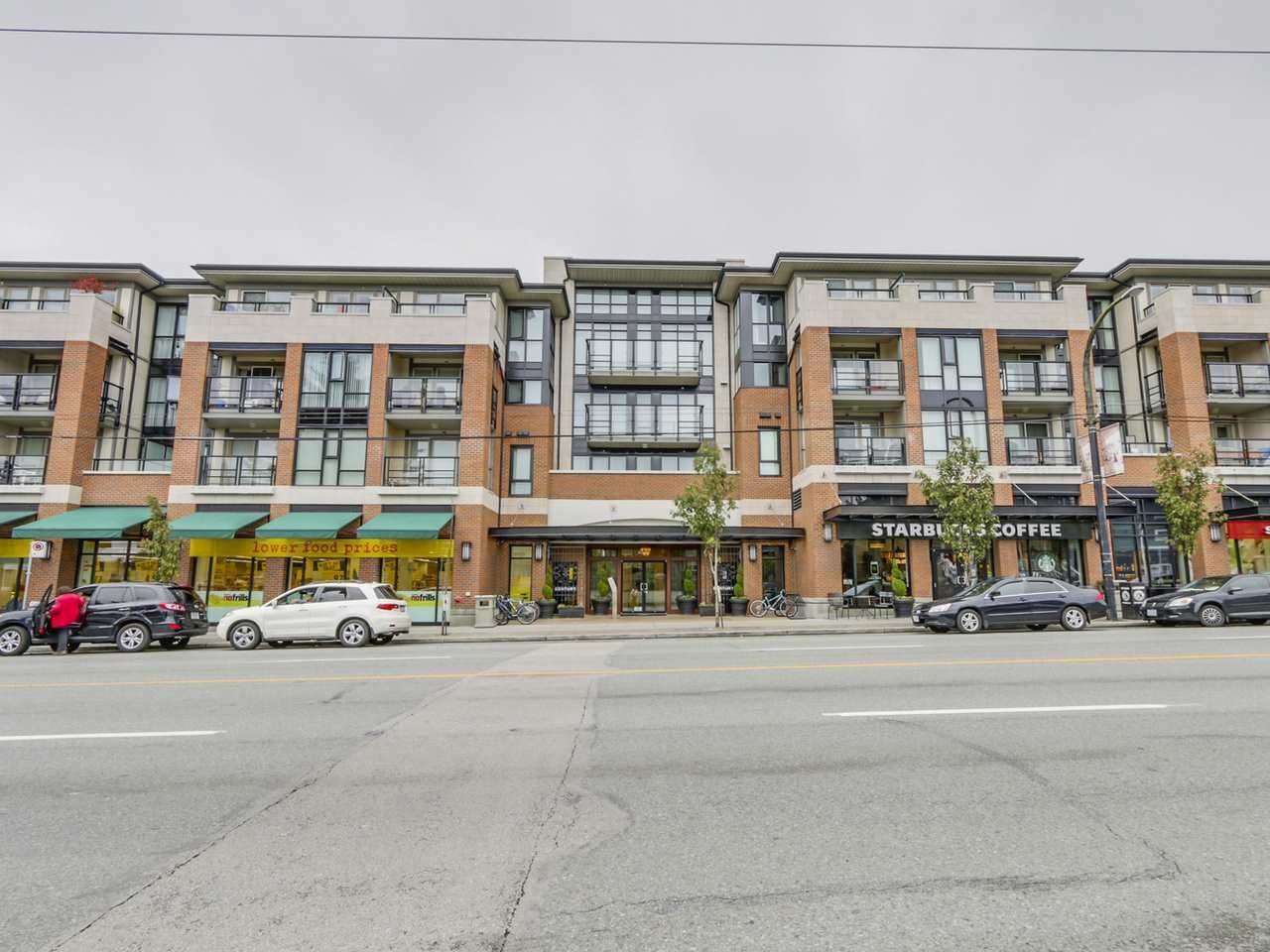 """Main Photo: 309 4550 FRASER Street in Vancouver: Fraser VE Condo for sale in """"THE CENTURY"""" (Vancouver East)  : MLS®# R2117523"""