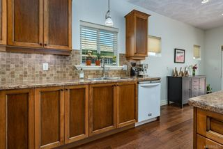 Photo 14: 2043 Evans Pl in Courtenay: CV Courtenay East House for sale (Comox Valley)  : MLS®# 882555