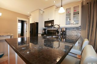 Photo 4: 211 5th Avenue Northwest in Swift Current: North West Residential for sale : MLS®# SK755776