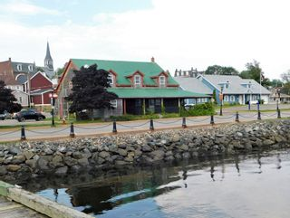 Photo 2: 50 Caladh Avenue in Pictou: 108-Rural Pictou County Commercial  (Northern Region)  : MLS®# 202100934