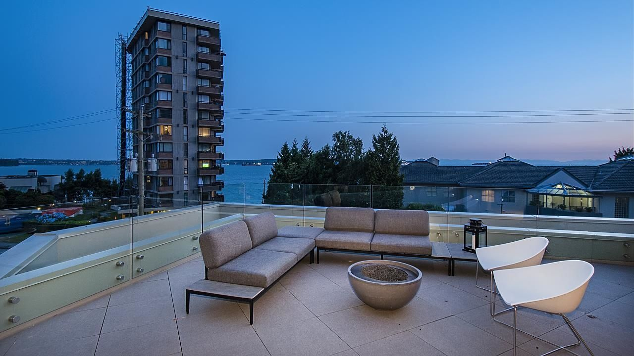 """Main Photo: 2173 ARGYLE Avenue in West Vancouver: Dundarave Townhouse for sale in """"The Marson"""" : MLS®# R2597720"""