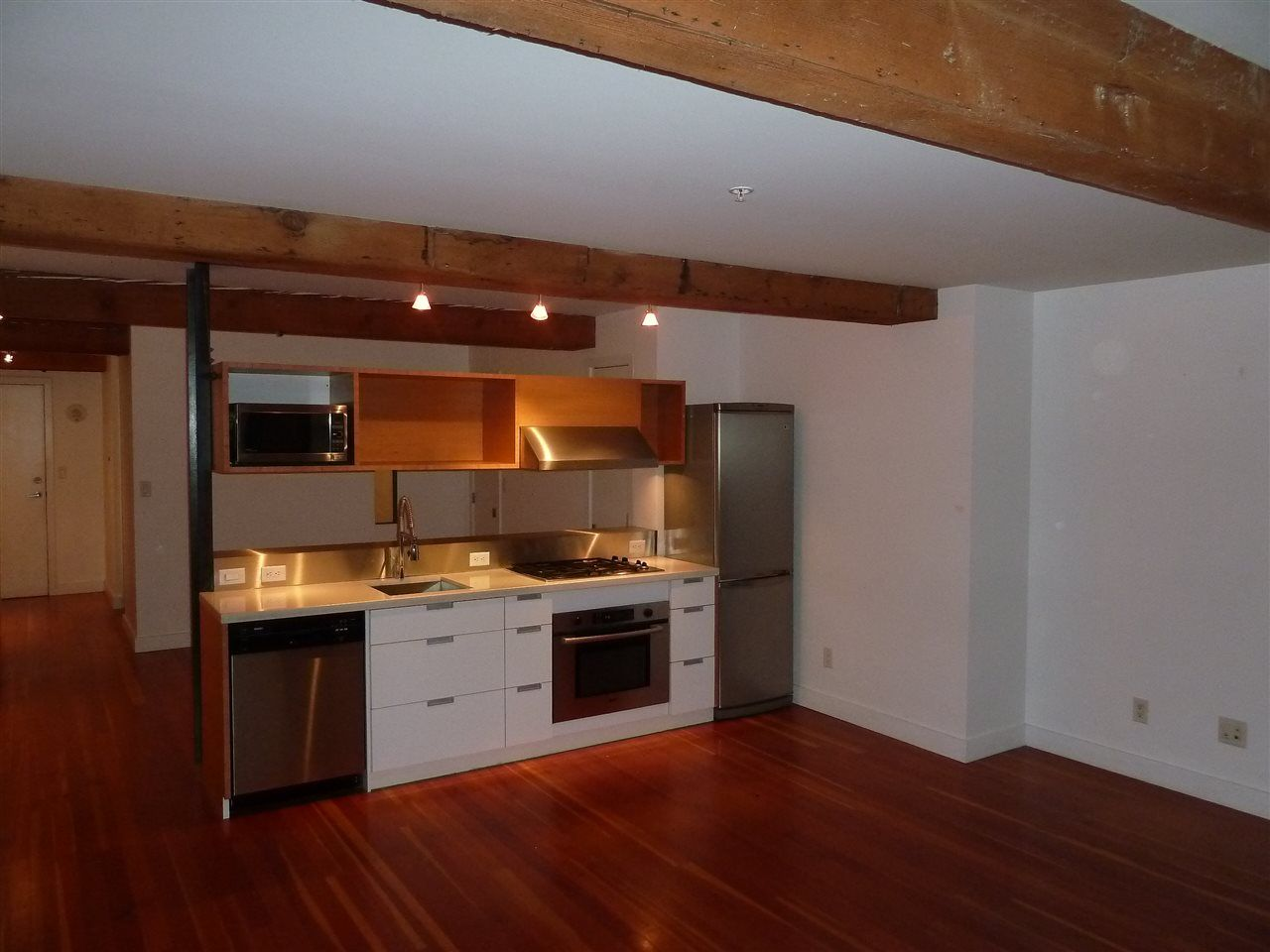 Main Photo: 2 528 BEATTY Street in Vancouver: Downtown VW Condo for sale (Vancouver West)  : MLS®# R2024354