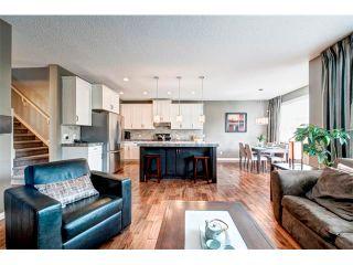 Photo 8: 23 AUTUMN Gardens SE in Calgary: Auburn Bay House for sale : MLS®# C4017577