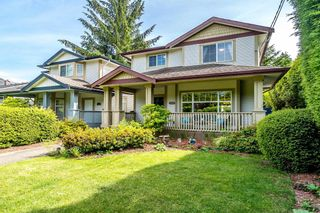 Photo 2: 14118 24 Avenue in Surrey: Sunnyside Park Surrey House for sale (South Surrey White Rock)  : MLS®# R2613487