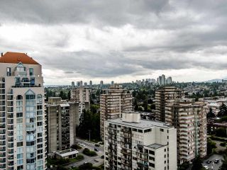 """Photo 24: 2003 612 SIXTH Street in New Westminster: Uptown NW Condo for sale in """"WOODWARD"""" : MLS®# R2472941"""