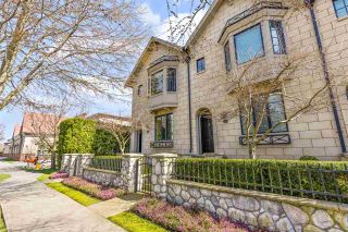 """Photo 1: 101 2580 LANGDON Street in Abbotsford: Abbotsford West Townhouse for sale in """"The Brownstones"""" : MLS®# R2563878"""