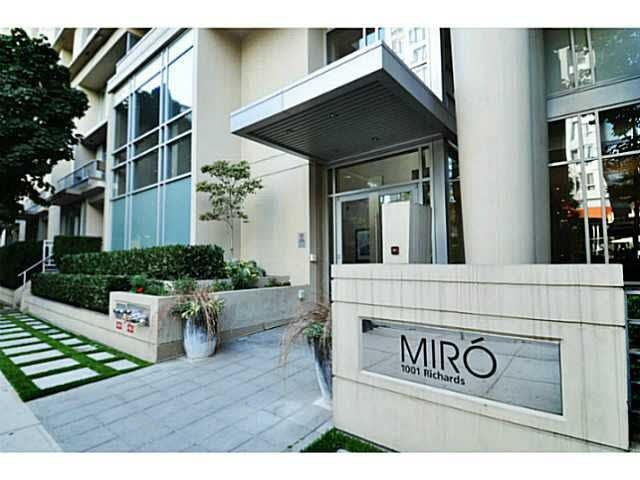 """Main Photo: 801 1001 RICHARDS Street in Vancouver: Downtown VW Condo for sale in """"MIRO"""" (Vancouver West)  : MLS®# V1098353"""